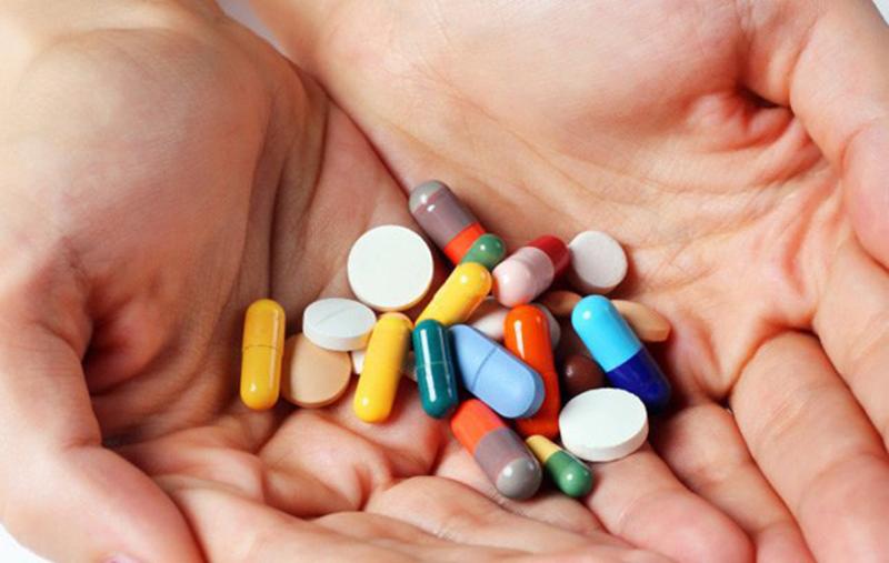 Thuốc kháng sinh điều trị viêm niệu đạo