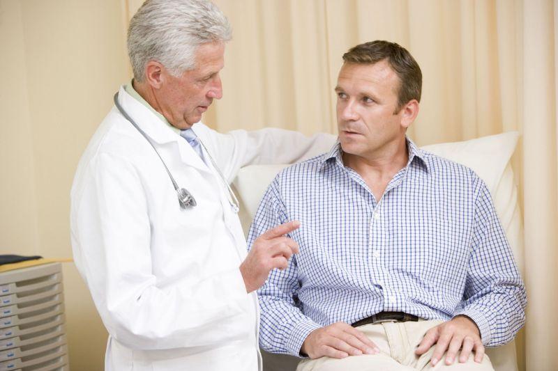 Cần đến ngay cơ sở y tế uy tín để thăm khám và điều trị bao quy đầu nứt nẻ