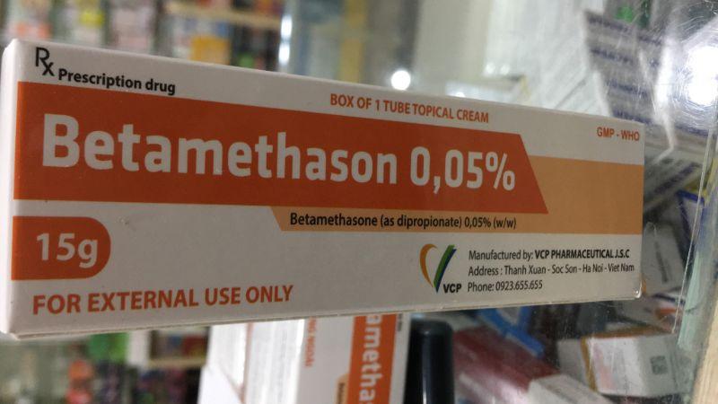 Thuốc bôi làm giãn bao quy đầu – Betamethasone tỉ lệ 0,05%