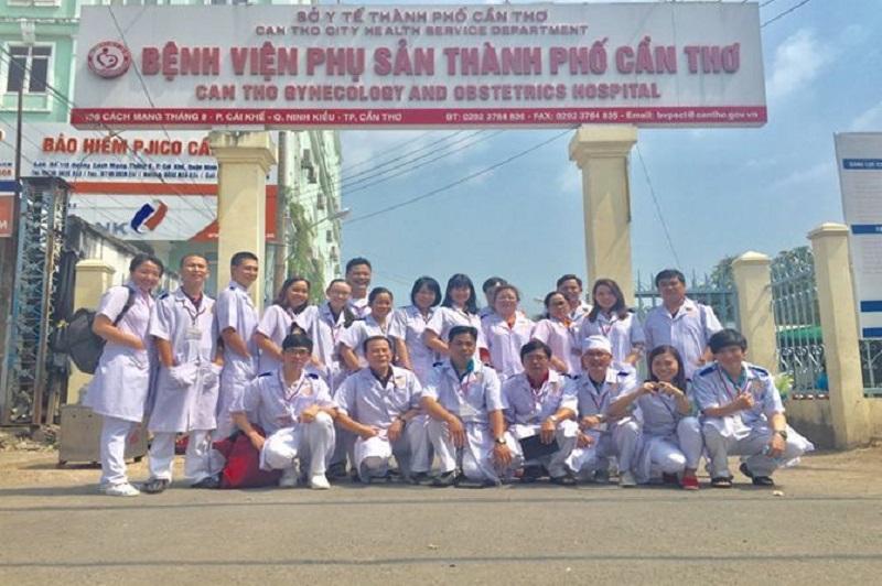 Đội ngũ y bác sĩ