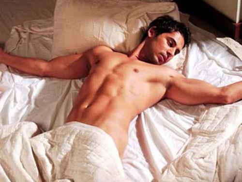 Vì sao đau bụng dưới sau khi quan hệ tình dục?